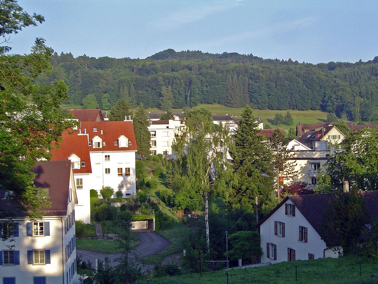 Urdorf, Switzerland © Wikipedia