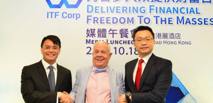 From left to right: Ignious Yong, Jim Rogers and Lim Hui Jie