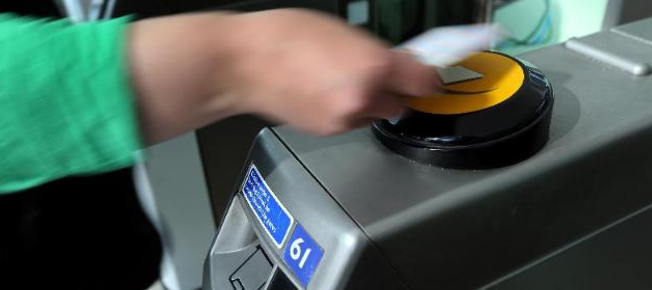 Contactless payment options for New Yorkers will become available  in late 2018