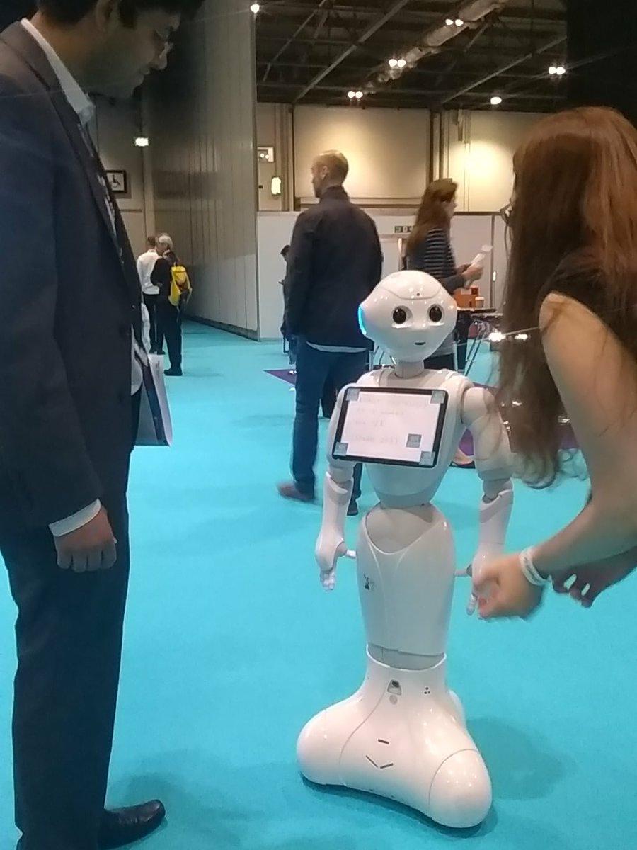 Cute robot alert