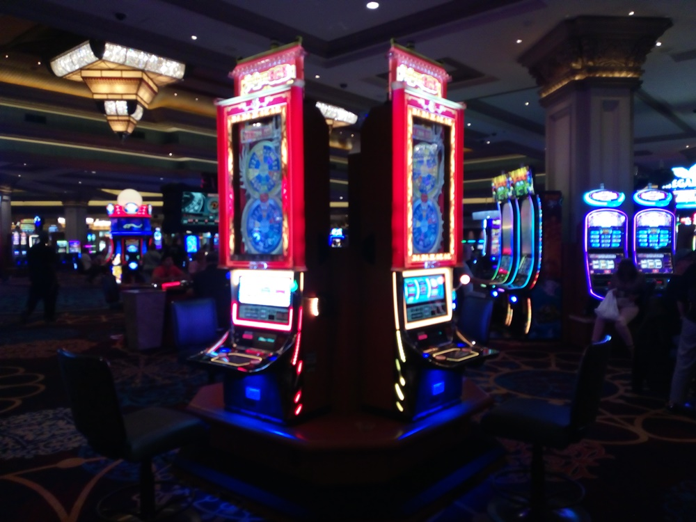 The walk to the convention was via the casino. Some may have got delayed.
