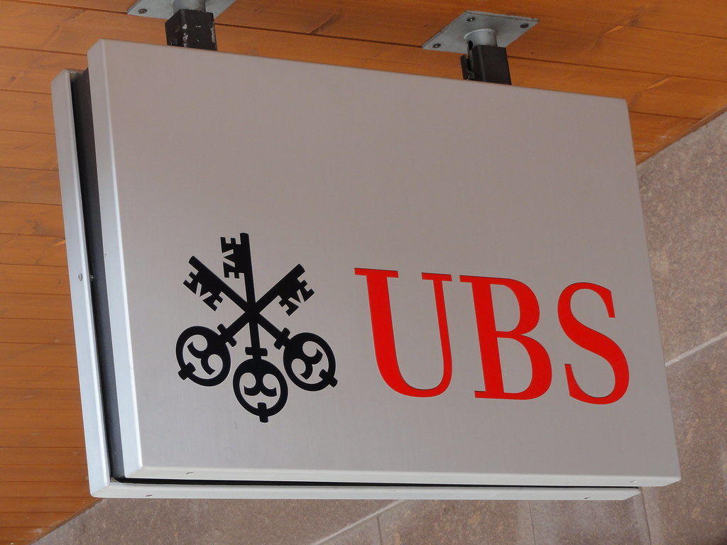 UBS to set up fintech venture fund to speed up its digitisation