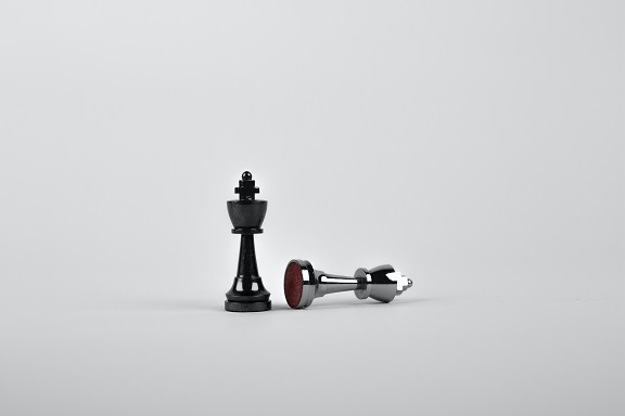 Oracle v Google chess battle concept