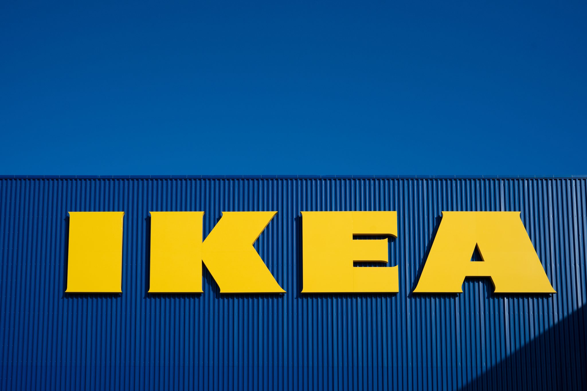 IKEA buys 49% stake in financial services partner Ikano Bank