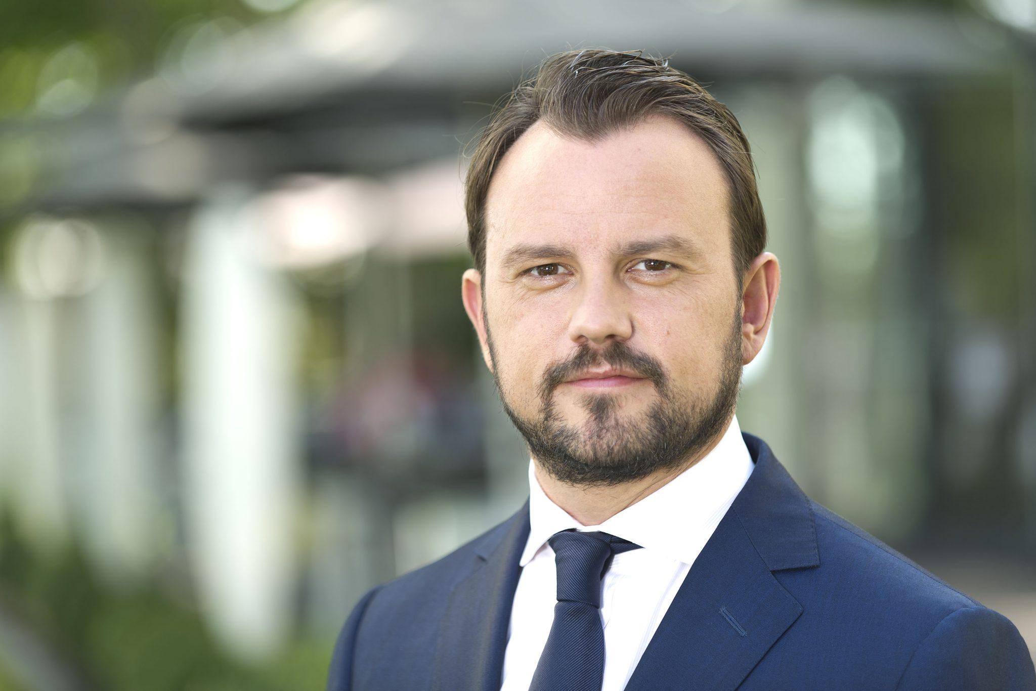 Deutsche Börse and Commerzbank team up to support DLT firm 360X