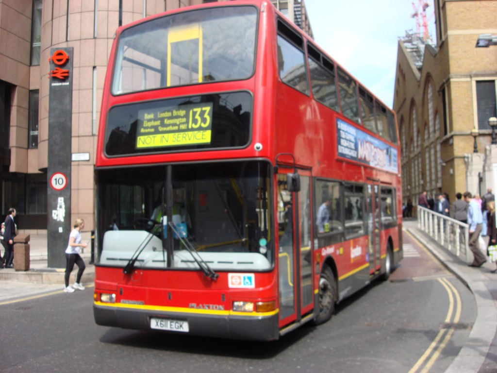 London_Bus_route_133