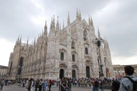 Milan-stock-duomo