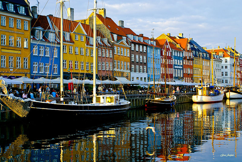 Copenhagen-based Saxo Bank has introduced futures spread trading