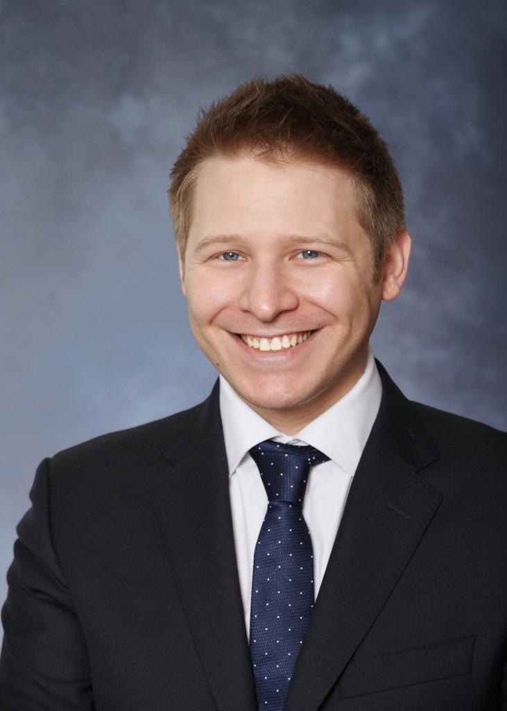 Simon Lightman, Counsel, Pillsbury Winthrop Shaw Pittman