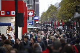 Oxford-St-shopping-crowd-credit-Rosli-Othman-Shutterstock.com