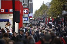 Oxford-St-shopping-crowd-credit-Rosli-Othman-Shutterstock.com